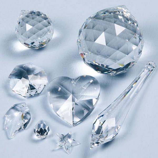 Feng Shui Kristal - Lelie / Achthoek 30mm
